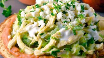 Receta de tostadas de pollo con cilantro