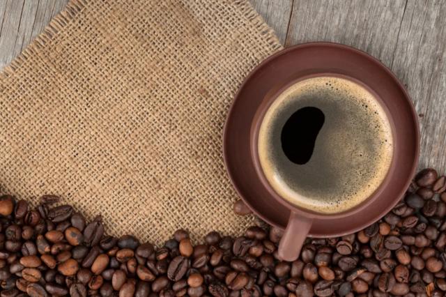 Beneficios de tomar café que no conocías