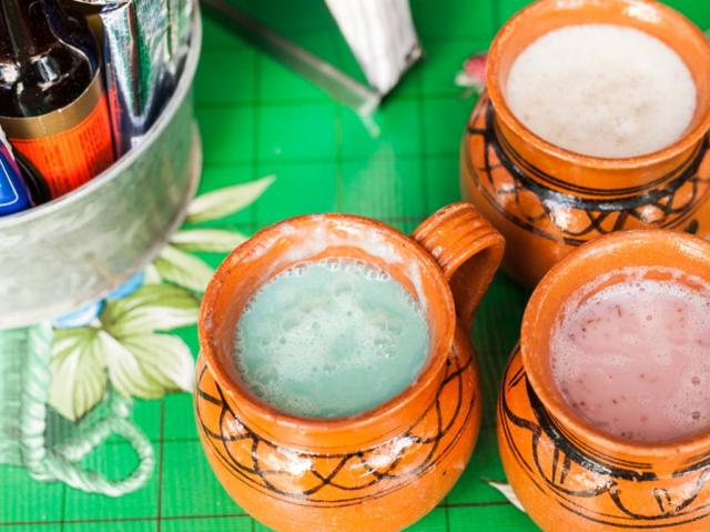 9 increíbles beneficios del pulque, la bebida de los dioses