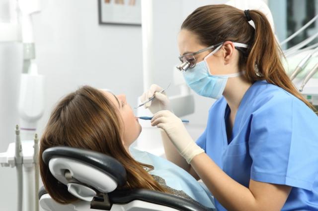 ¿Por qué se celebra el Día del Dentista el 9 de febrero?